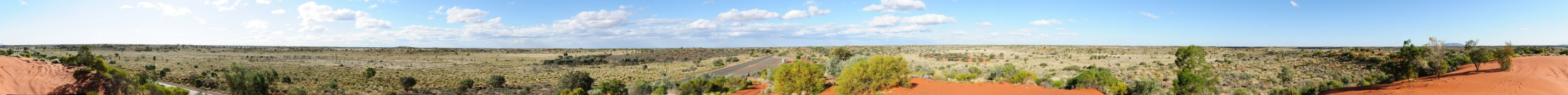 16 Aug 2011 Lesseter Highway, 30km east of Yulara - By: Hideya (vfr800hu)